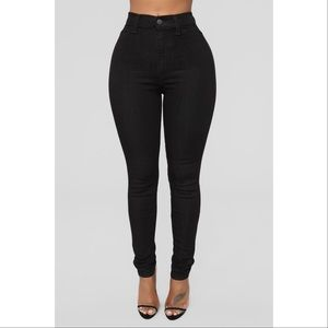 Fashion Nova Black high waisted denim skinny jeans